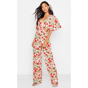 NWT Boohoo Floral Lace Up Wide Leg Jumpsuit